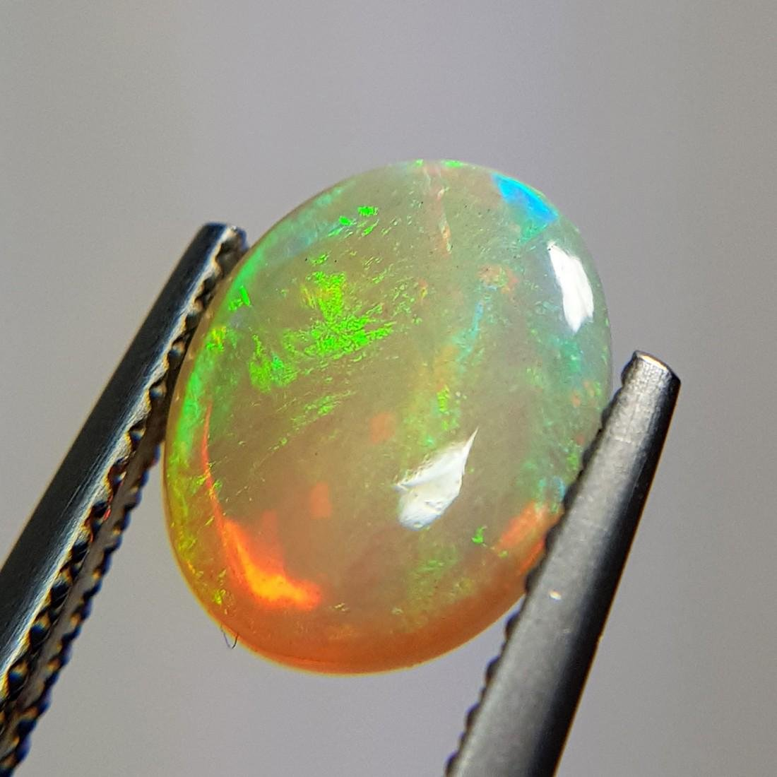 Marvelous Fire Oval Cabochon Natural Opal  - 1.96 ct - 9
