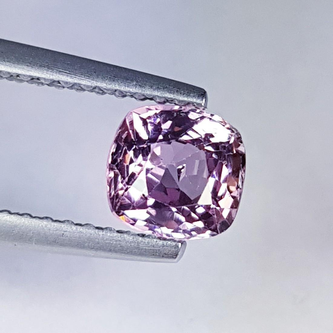 Natural Spinel - 1.00 ct - 2