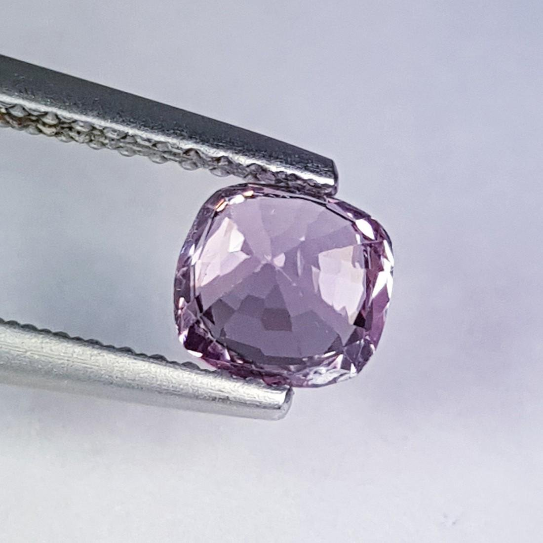 Natural Spinel - 1.00 ct - 4