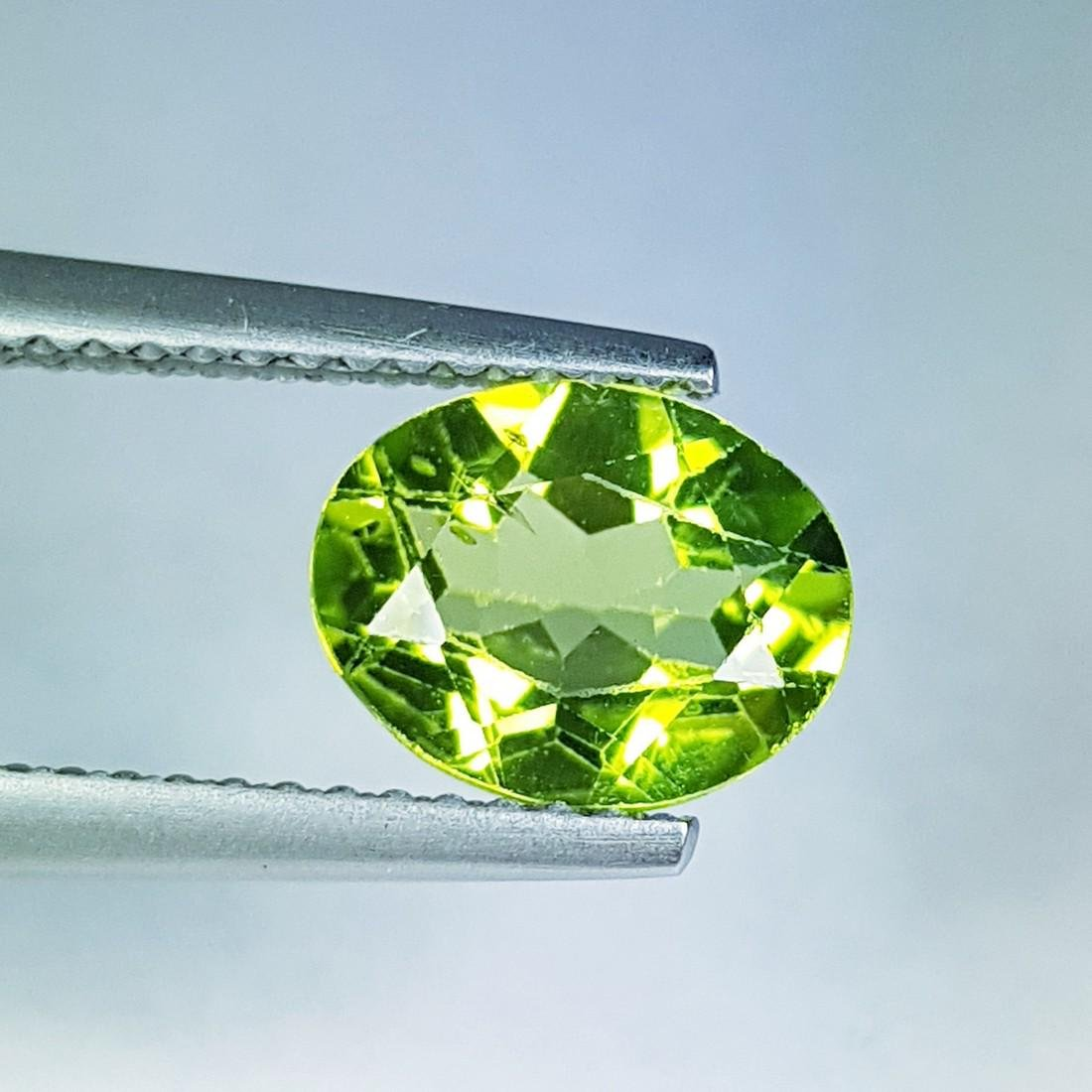 Top Grade Natural Peridot - 1.70 ct - 2