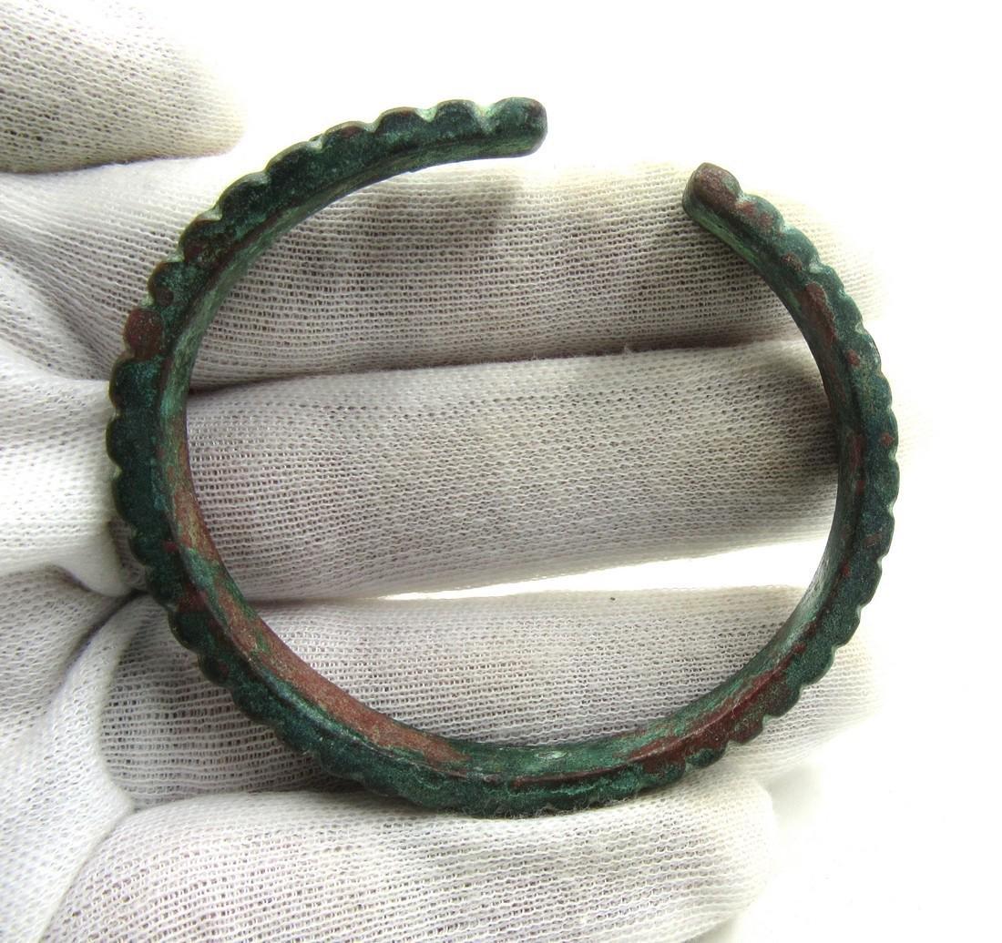 Medieval Viking Era Bronze Bracelet with Snake Scales - 3