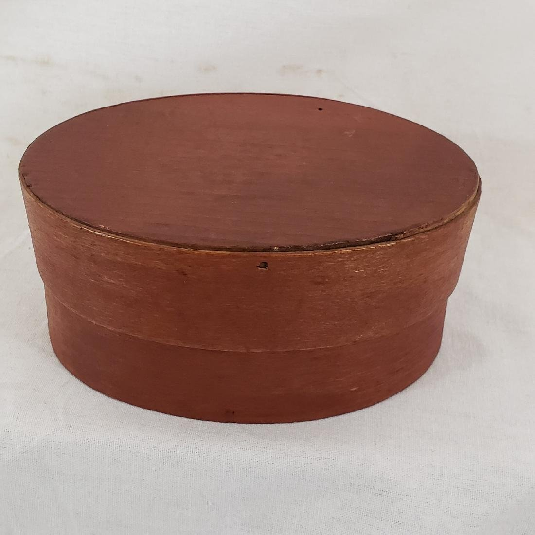 Harvard Style Red Oval Pantry Box Ca 1850-70 - 2