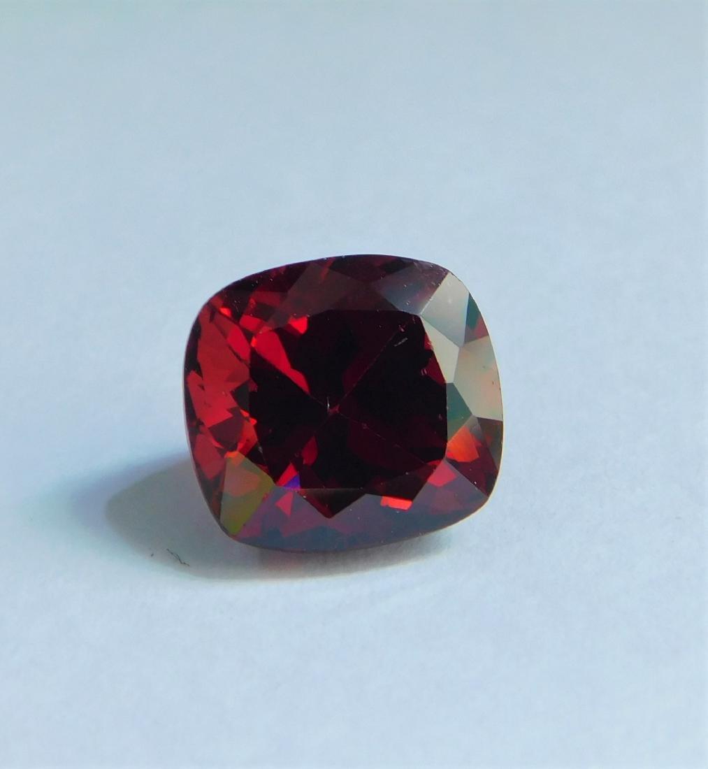 Vivid Red Rhodolite 5.00 Cts - 5