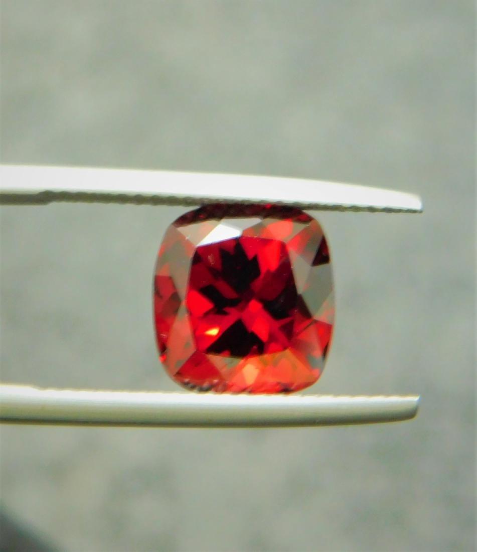 Vivid Red Rhodolite 5.00 Cts - 7