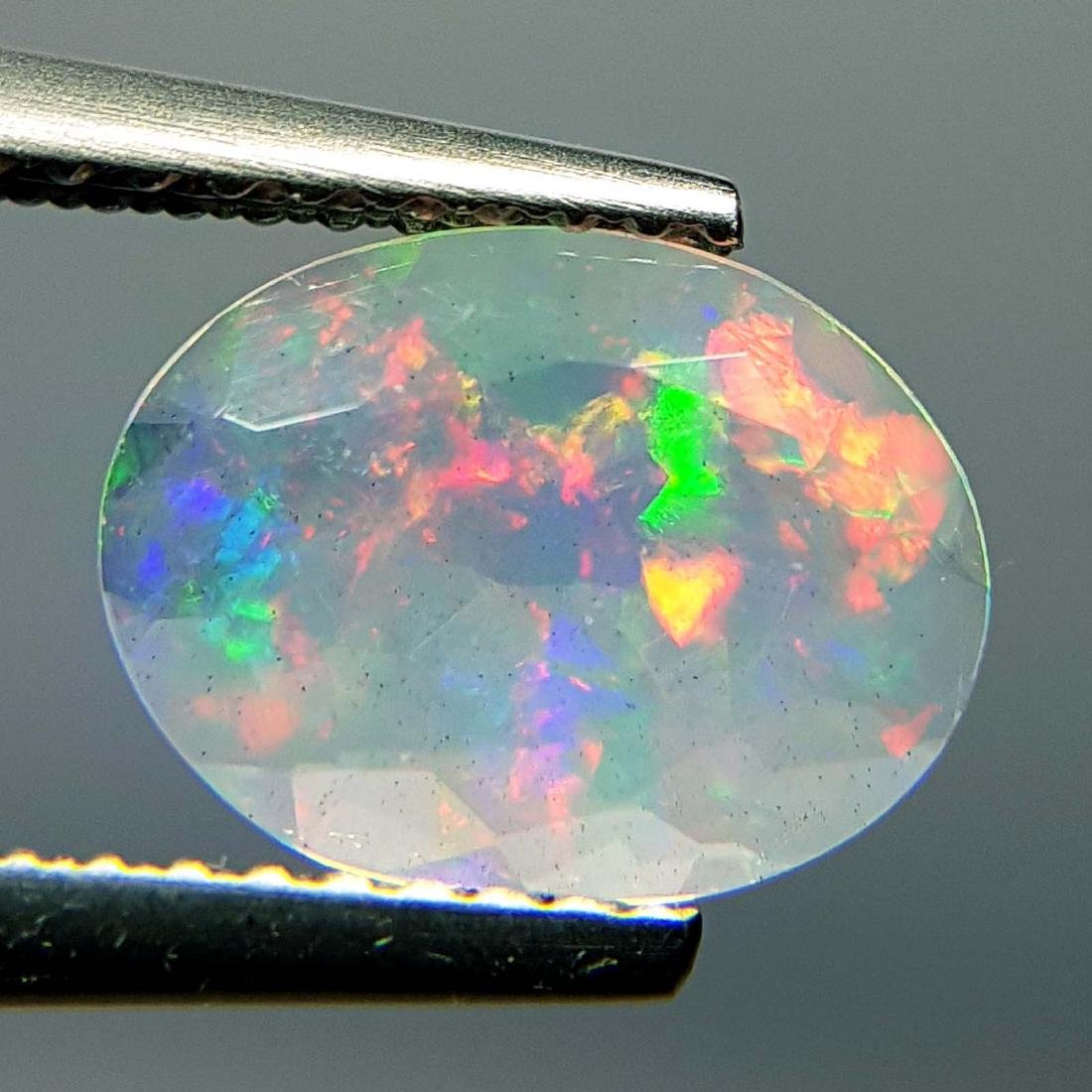 Top Fire Oval Cut Natural Opal  - 1.04 ct - 5