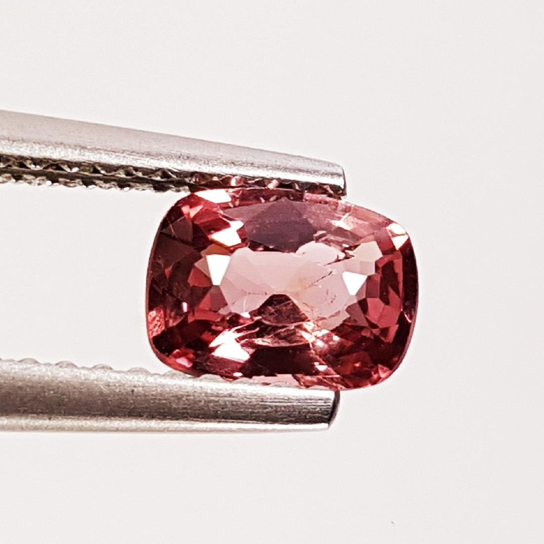 Natural Spinel - 0.78 ct - 2