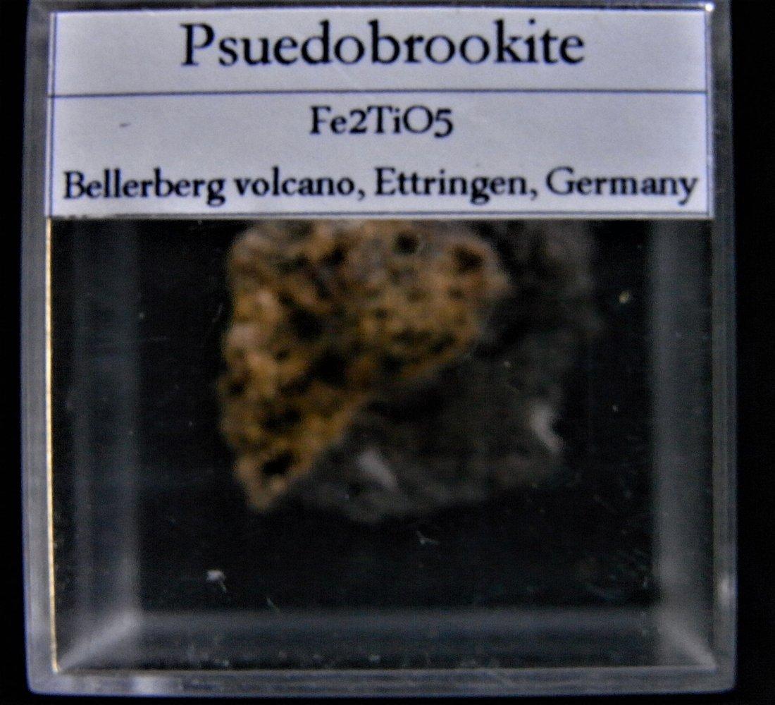 BLACK PSEUDOBROOKITE - 6