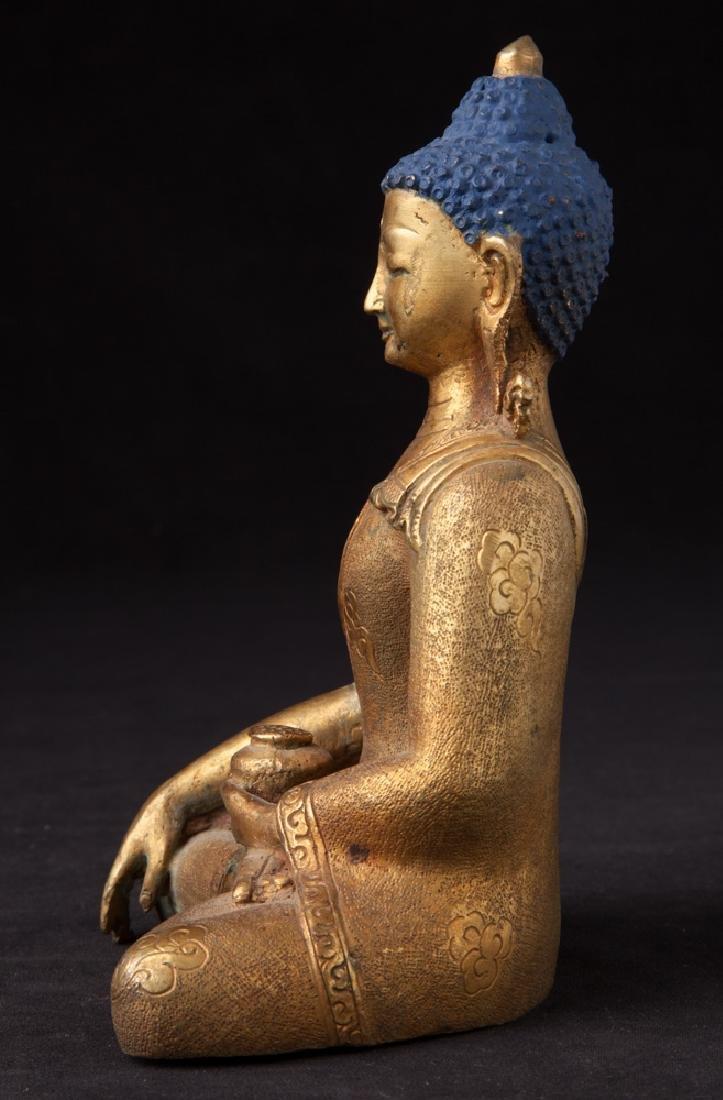 Old bronze Nepali Buddha statue - 3