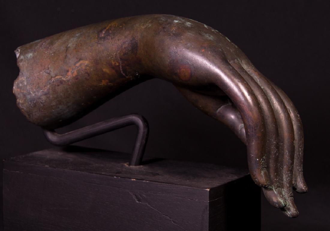 Old bronze Buddha hand - 7