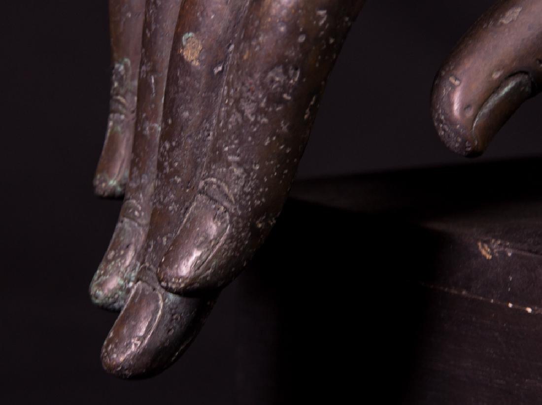Old bronze Buddha hand - 9