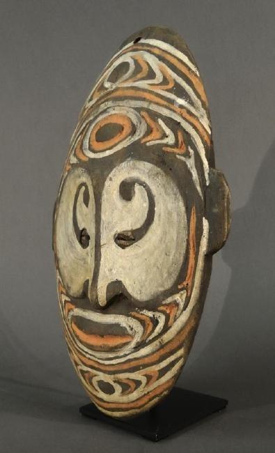 Ancestor wall mask from Torembi village - SEPIK - Papua