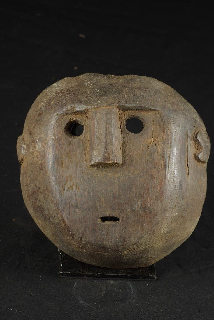 Mask with round shape - 2