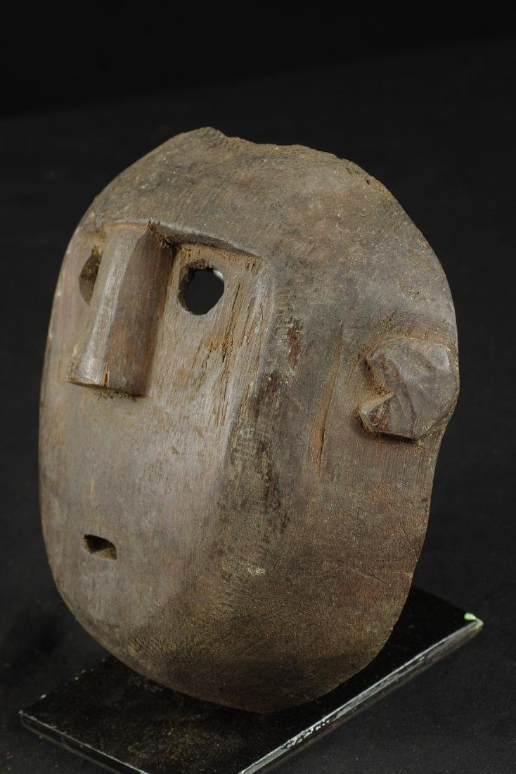 Mask with round shape - 4