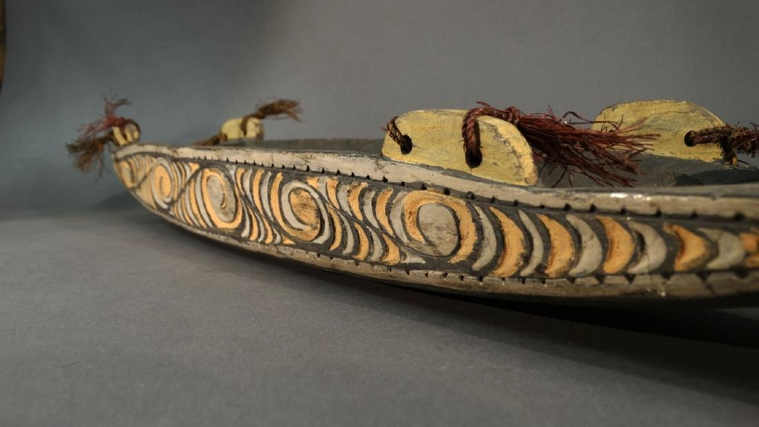 A Hand Carved Model Canoe Sepik - 9