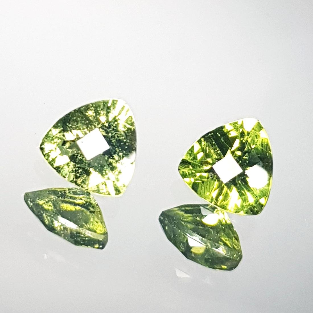 2 Pcs of Natural Moldavite - 1.14 ct - 2