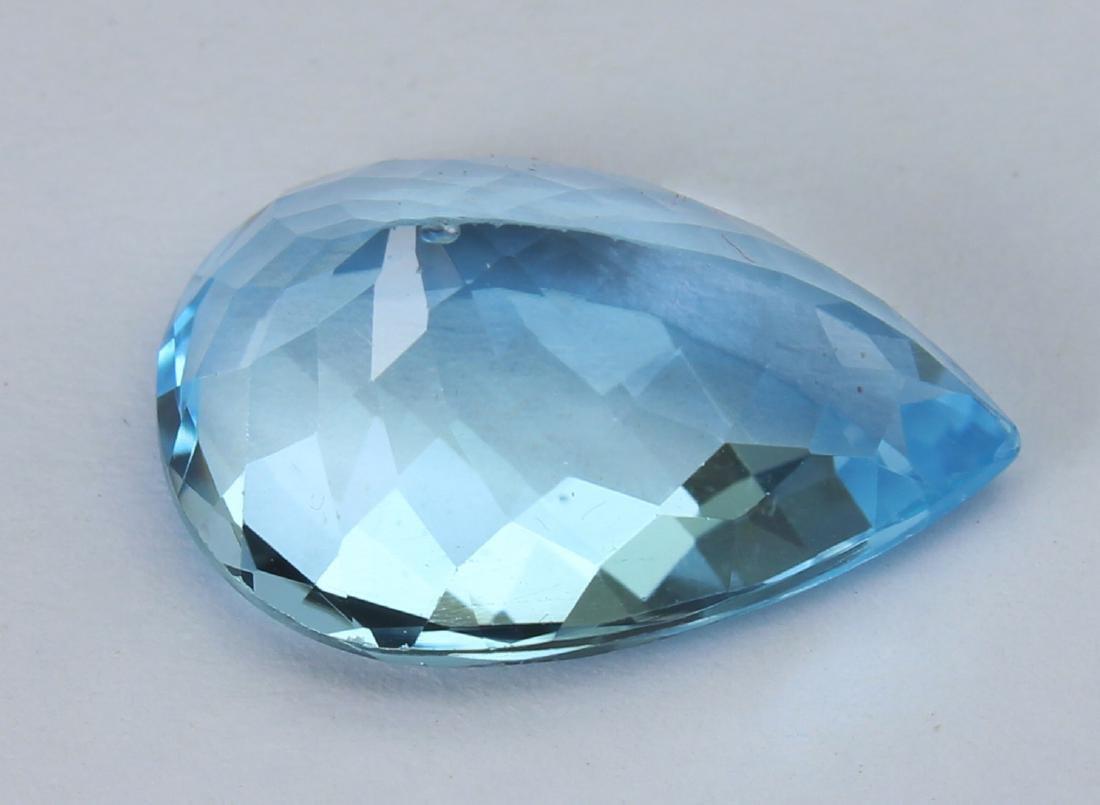 8.60 Ct Natural Blue Topaz - 4