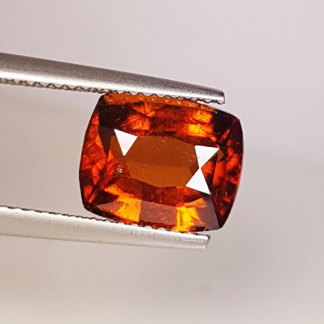 IGI CERTIFIED Natural Hessonite Garnet - 4.46 ct