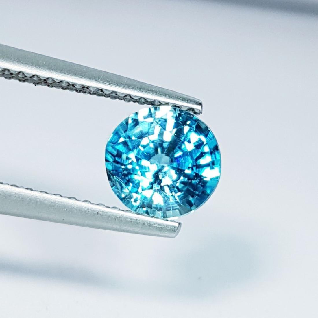 IGI CERTIFIED Natural Blue Zircon - 1.73 ct - 2
