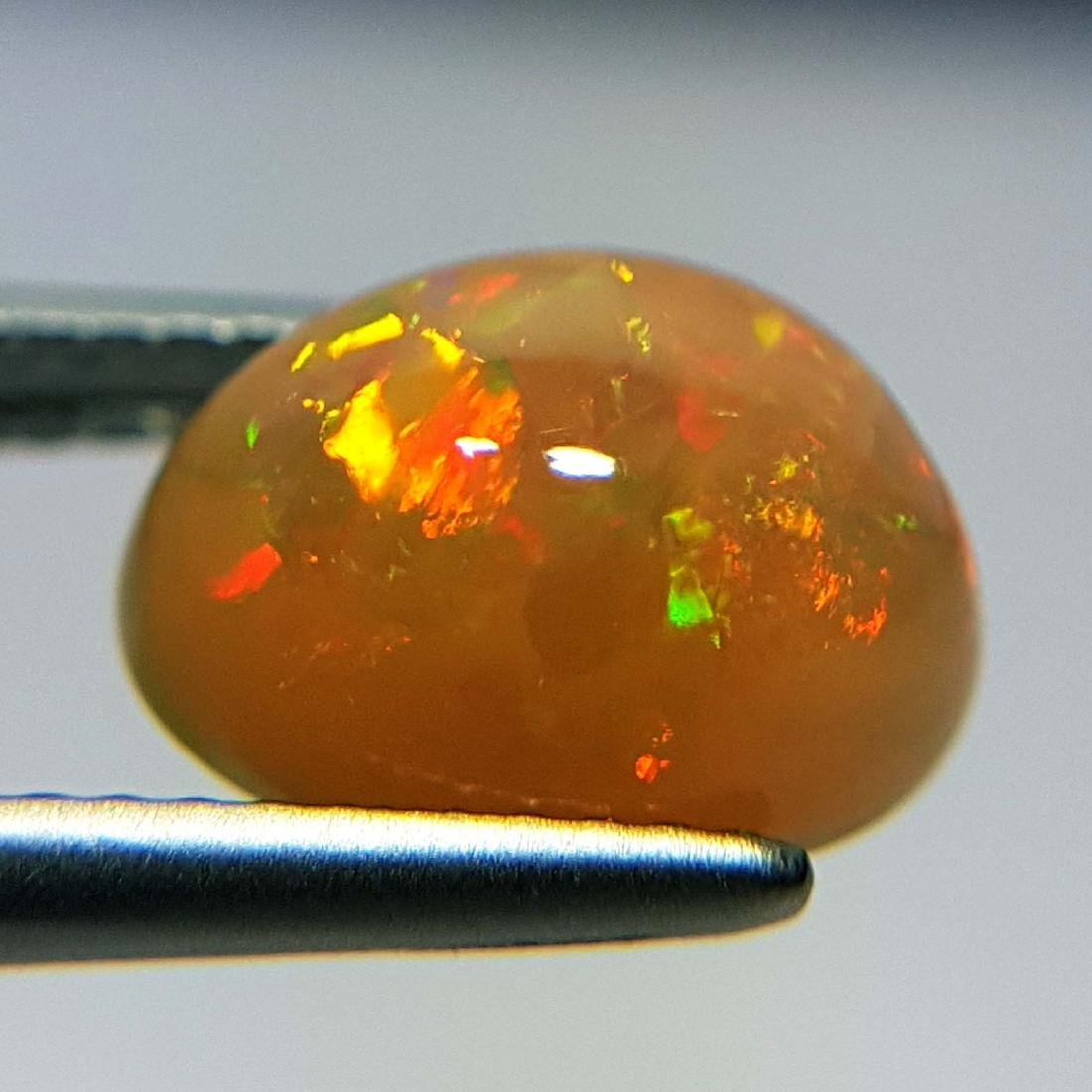 Galaxy  Fire Oval Cabochon Natural Opal  - 2.43 ct - 5