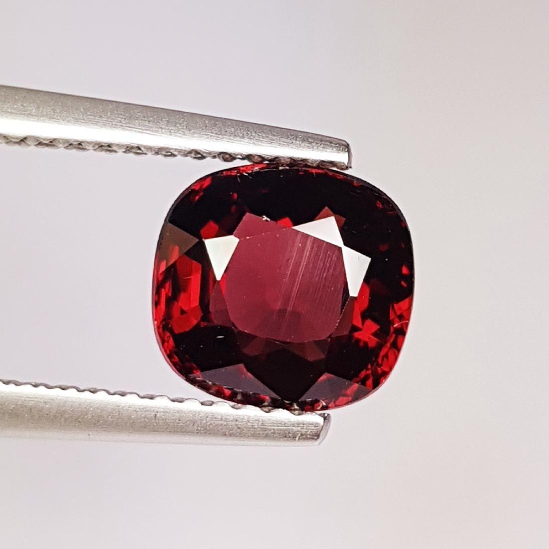 Beautiful Natural Rhodolite Garnet - 2.47 ct