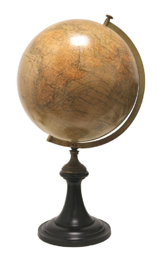 Globe Terrestre (piètement en bois noirci.)