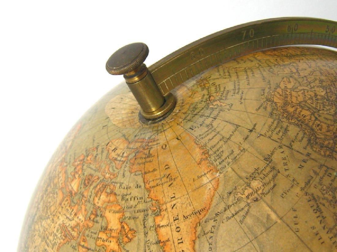 Globe Terrestre (piètement en bois noirci.) - 2