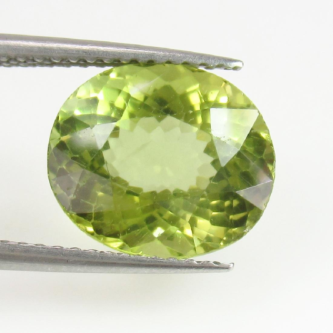 4.60 Ctw Natural Yellowish Green Apatite Nice Oval cut