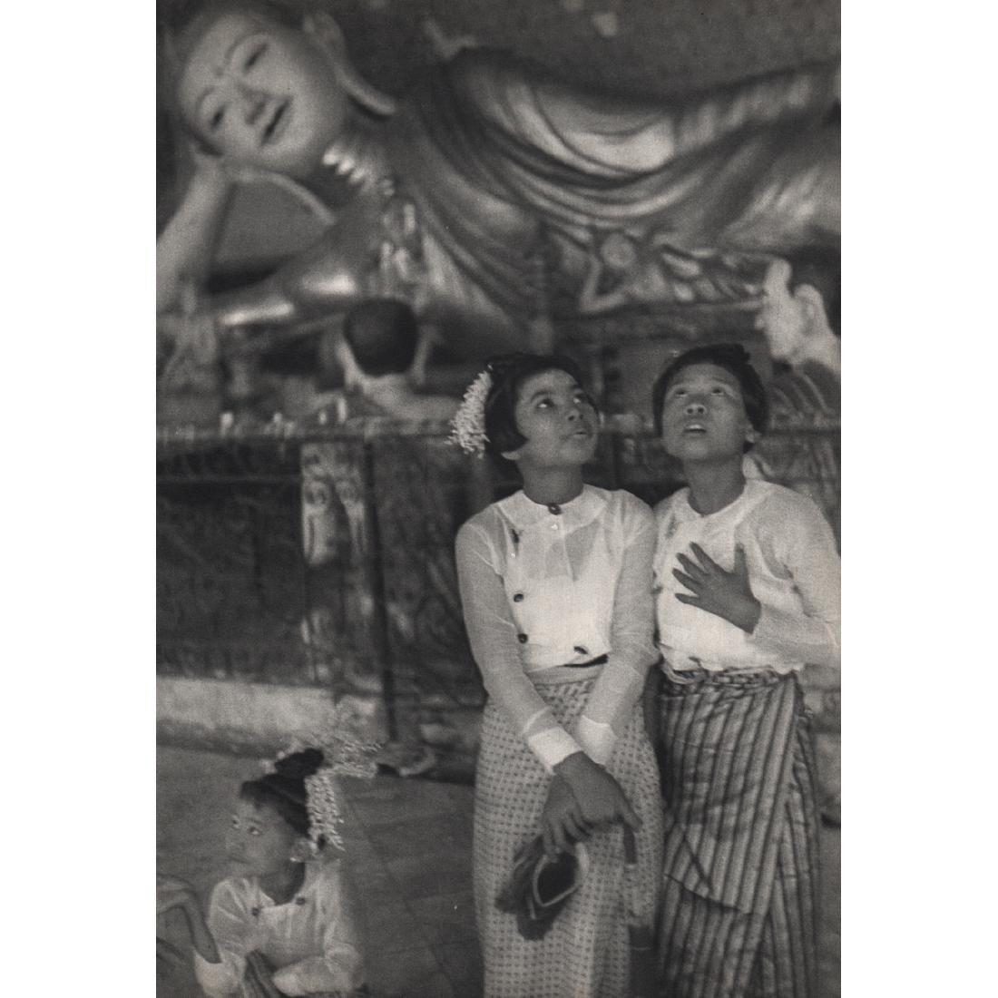 HENRI CARTIER-BRESSON - Rangoon, Burma 1948
