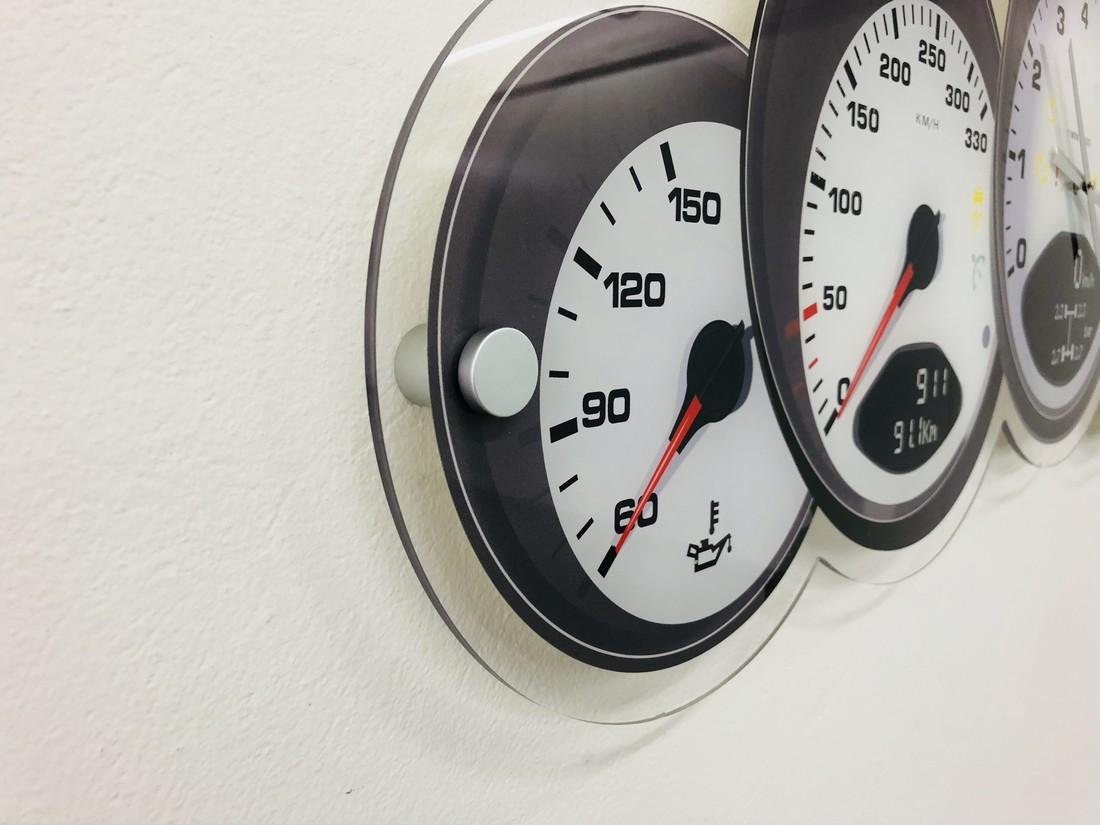 Halmo Porsche Dashboard Wall Clock - 2018 - 3