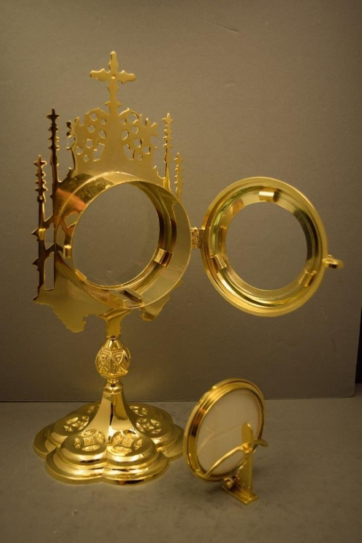 Ornate Chapel Size Monstrance with Luna, All goldplated - 5