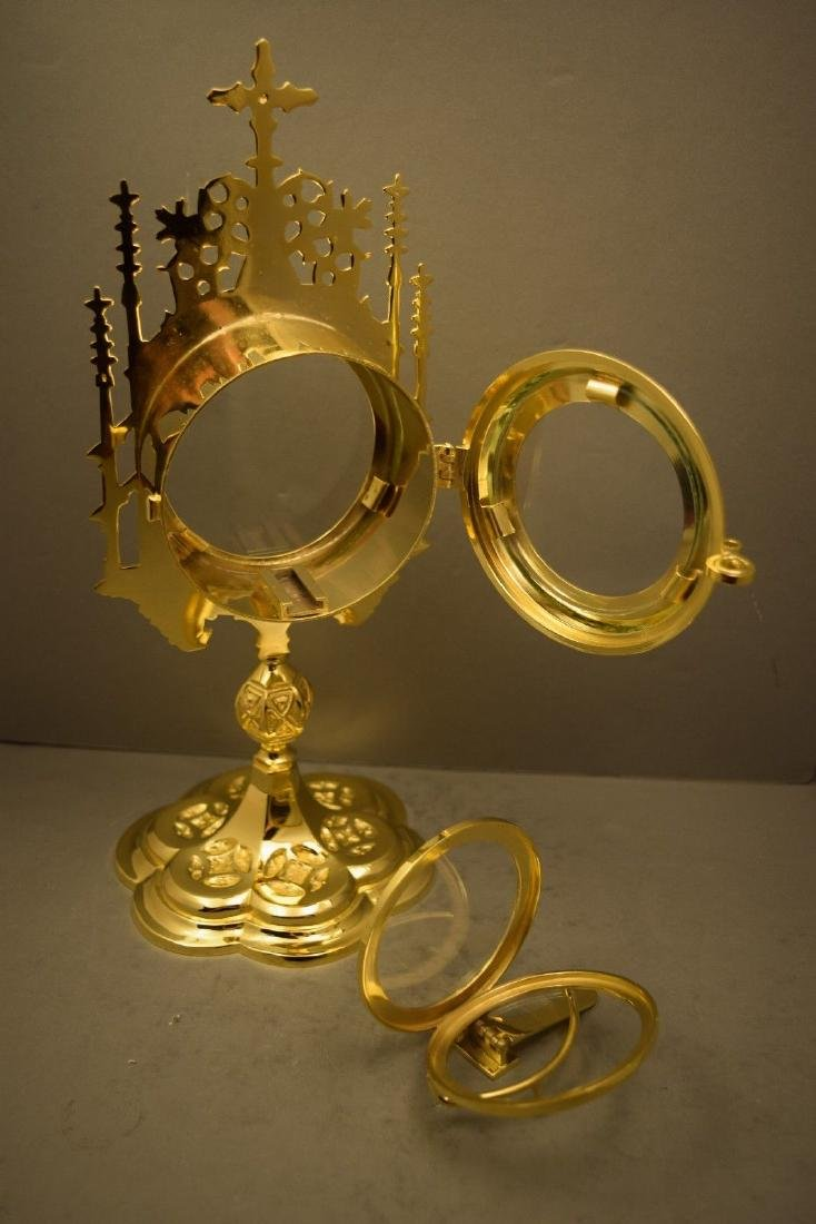 Ornate Chapel Size Monstrance with Luna, All goldplated - 7