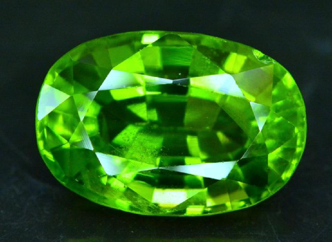 Certified 11.56 cts Round Cut Top Grade Natural Green