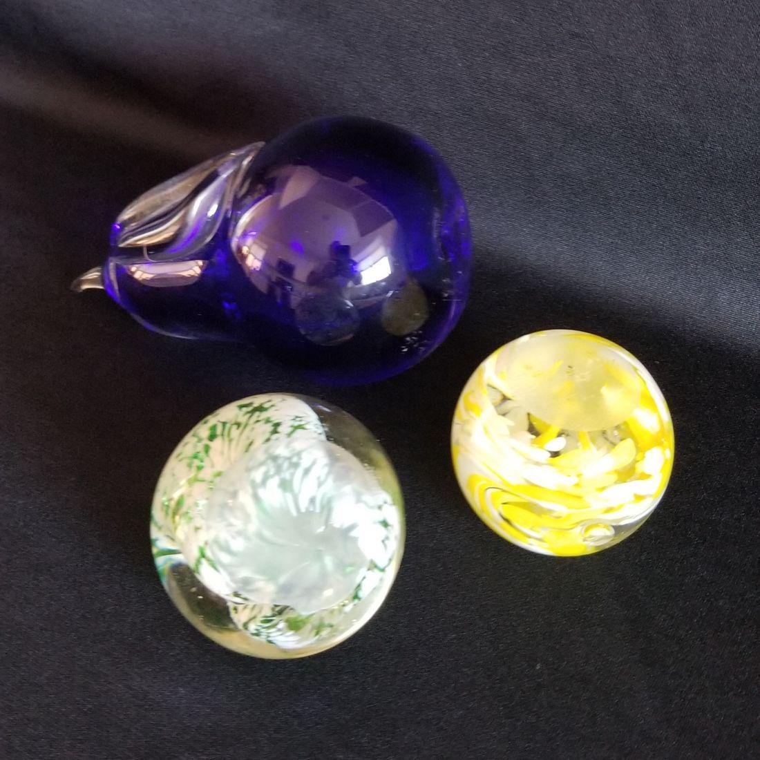 A Lot of Six Vintage 1970's - 80's Glass Paperweights - - 2