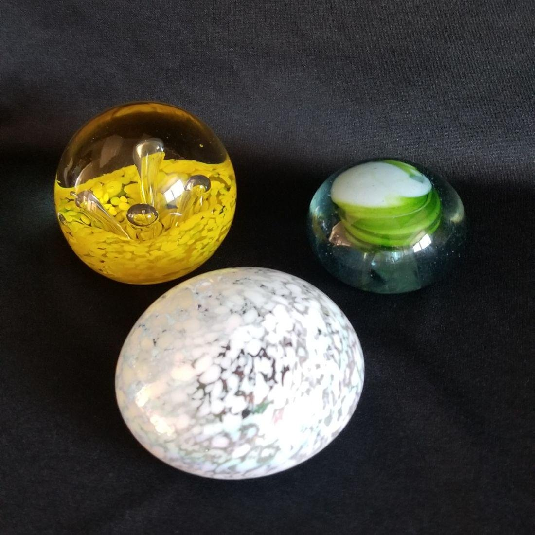 A Lot of Six Vintage 1970's - 80's Glass Paperweights - - 3