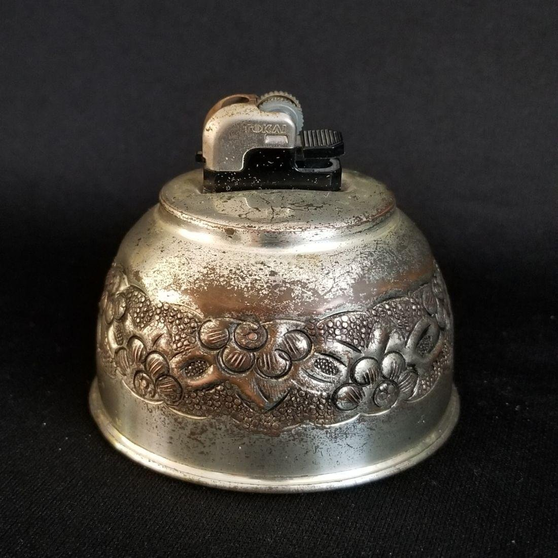 1940's Vintage Etched Rokai Table Lighter