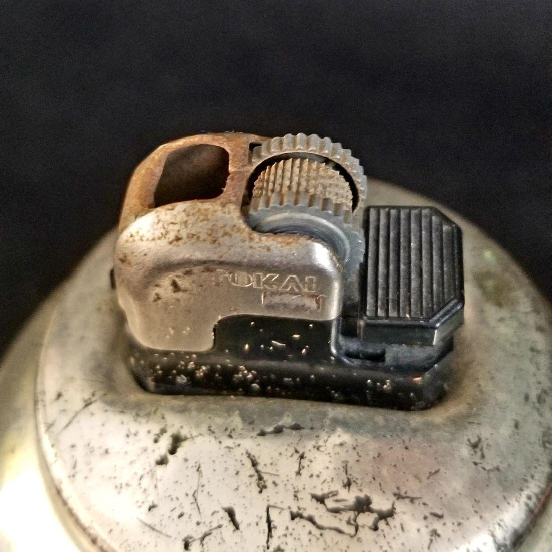 1940's Vintage Etched Rokai Table Lighter - 3