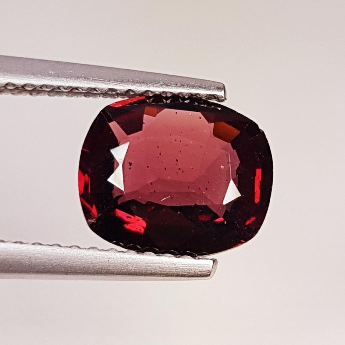 Beautiful Natural Rhodolite Garnet - 2.46 ct