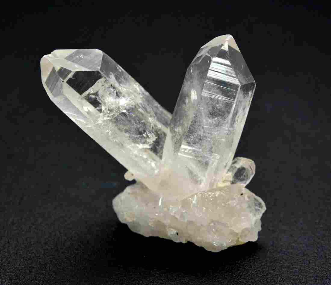 33 Gram Twin Quartz Crystals
