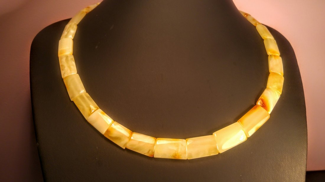 100% Genuine  Royal colour Baltic amber necklace - 2