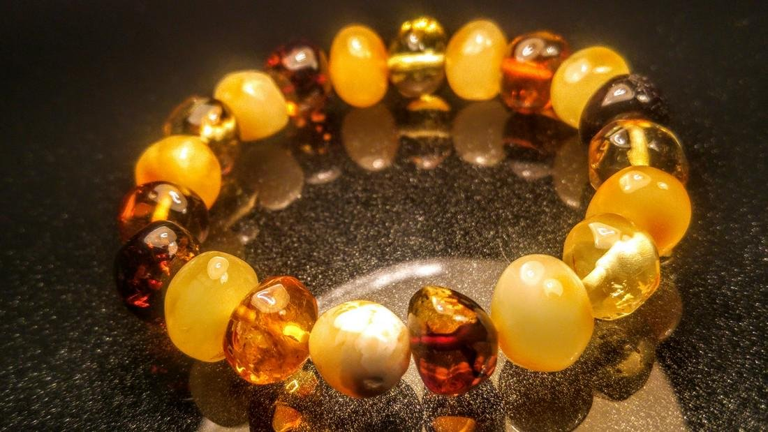 100% Genuine Baltic amber bracelet - 6