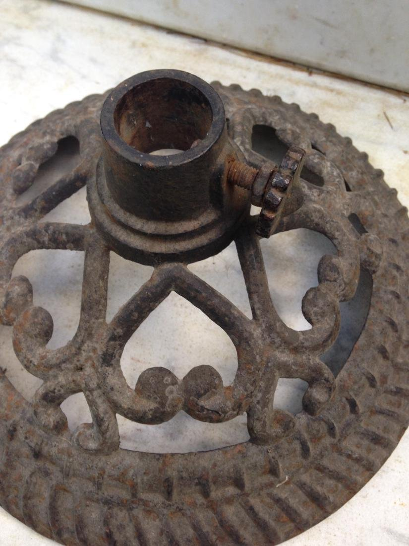Late 19thc cast iron flag stand with hearts - 2