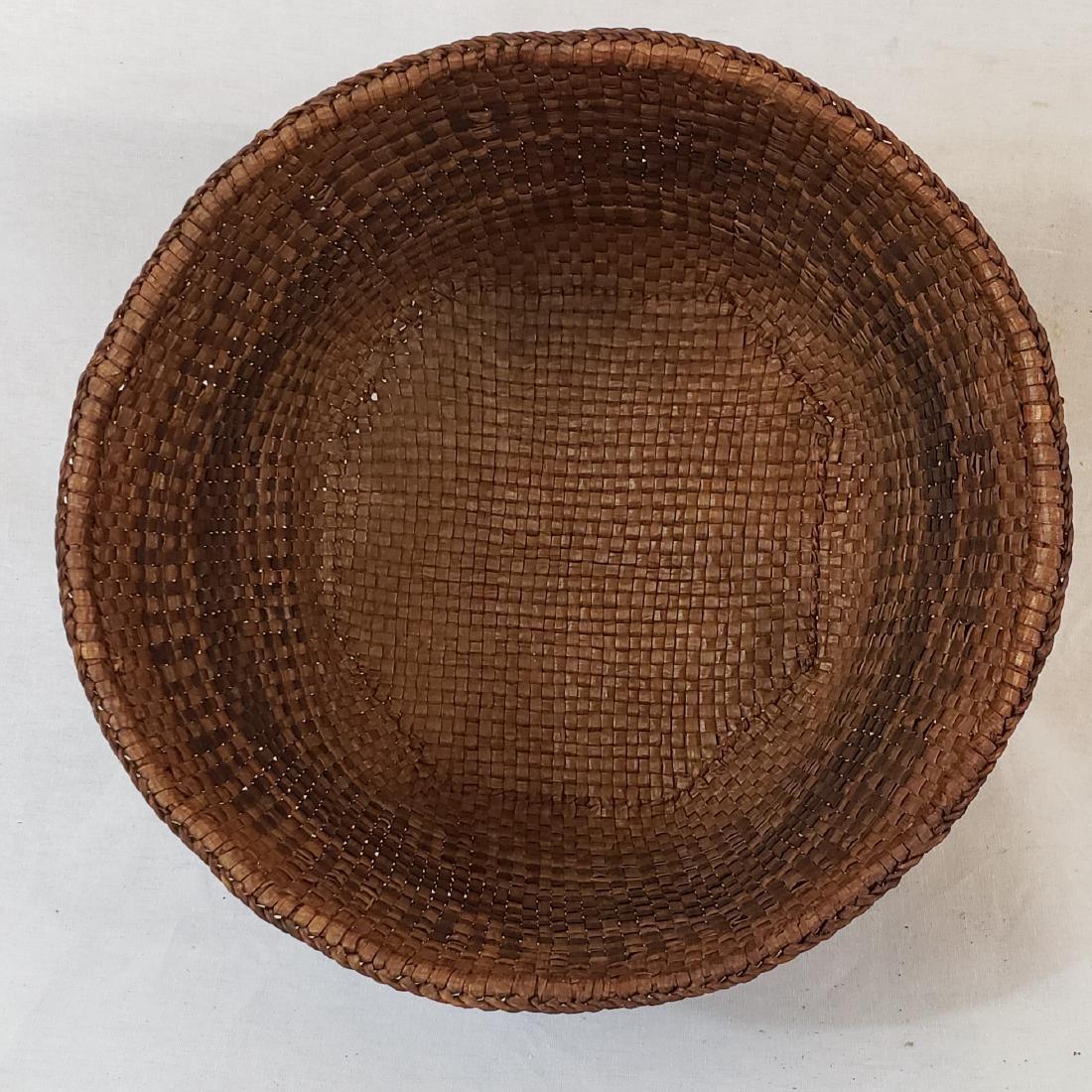 Woven cedar bark Northwest coast Indian basket ca 1900 - 2