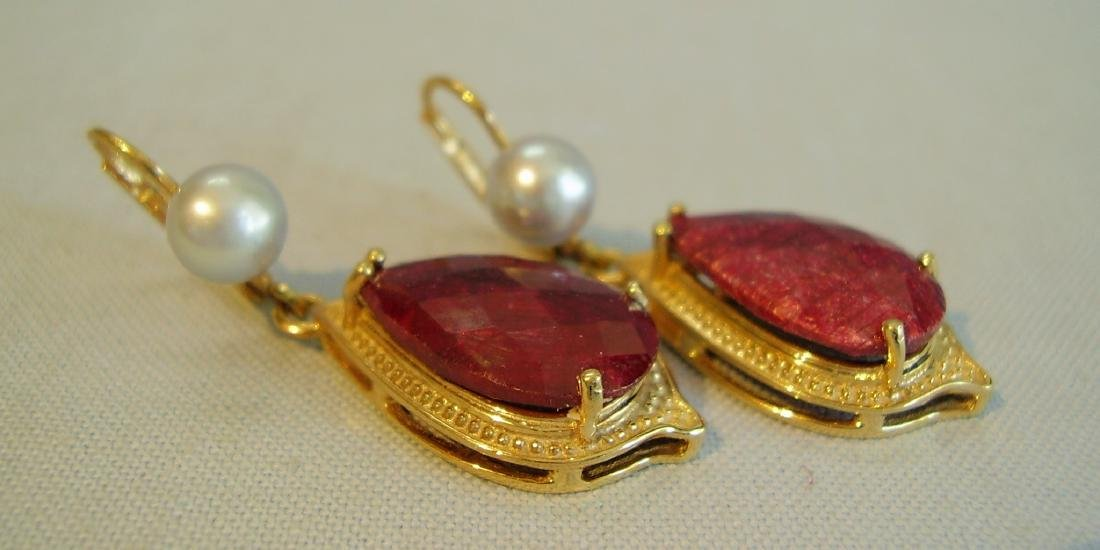 earrings with ruby and grey pearls - 2