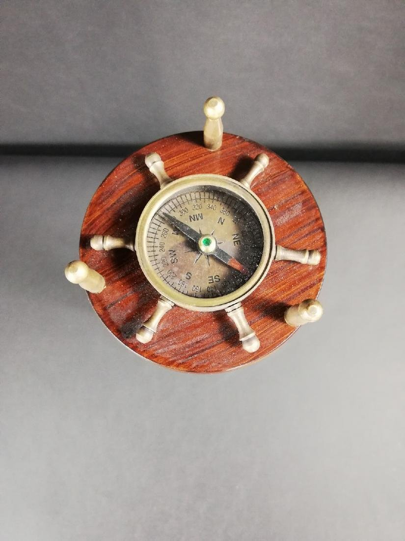 Vintage hourglass with compass - 7