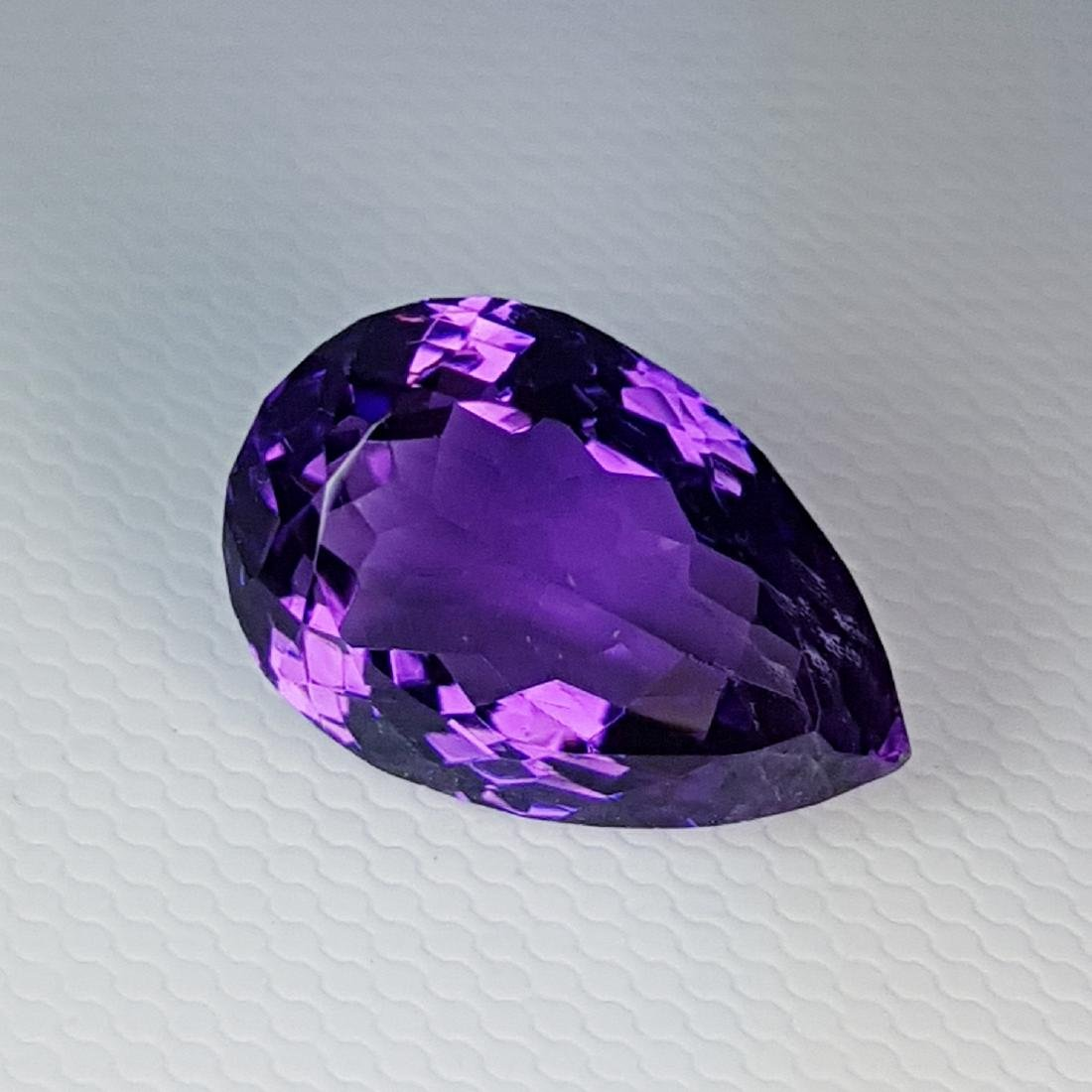 Collective Gem Natural Amethyst - 8.97 ct