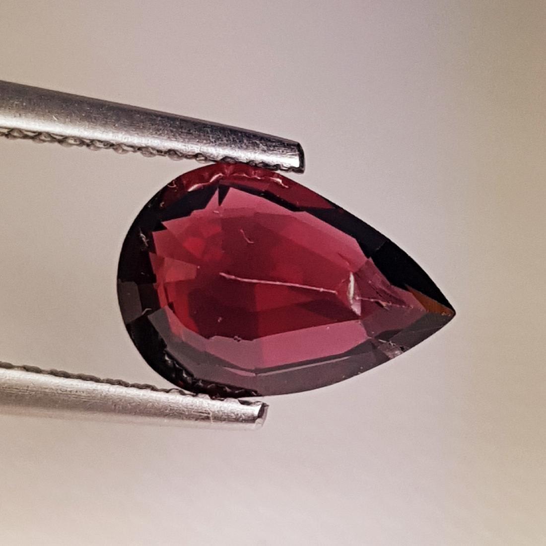 Beautiful Natural Rhodolite Garnet - 2.59 ct - 2