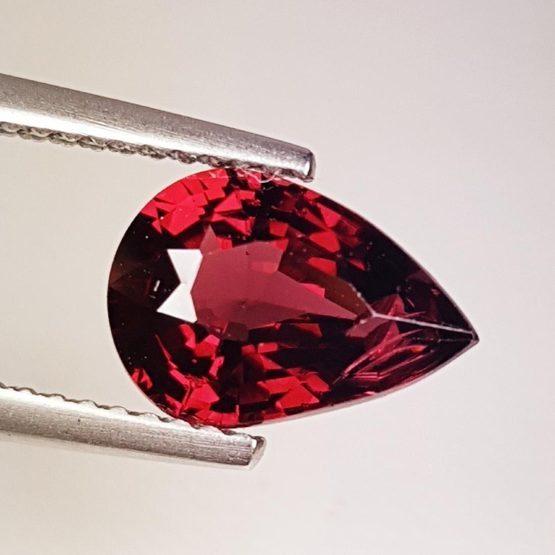 Beautiful Natural Rhodolite Garnet - 2.59 ct - 3
