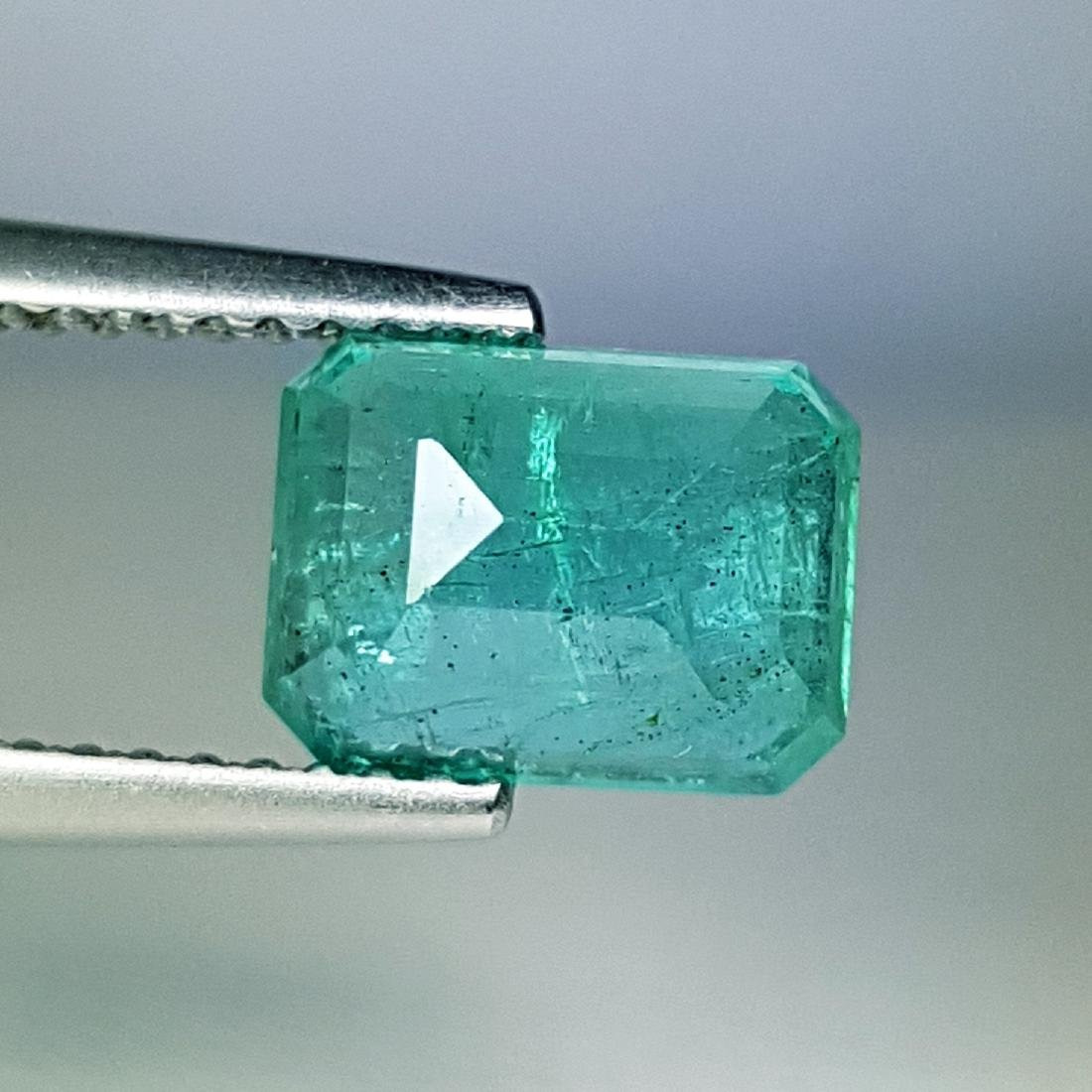 Awesome Gem Natural Emerald - 2.02 ct - 3