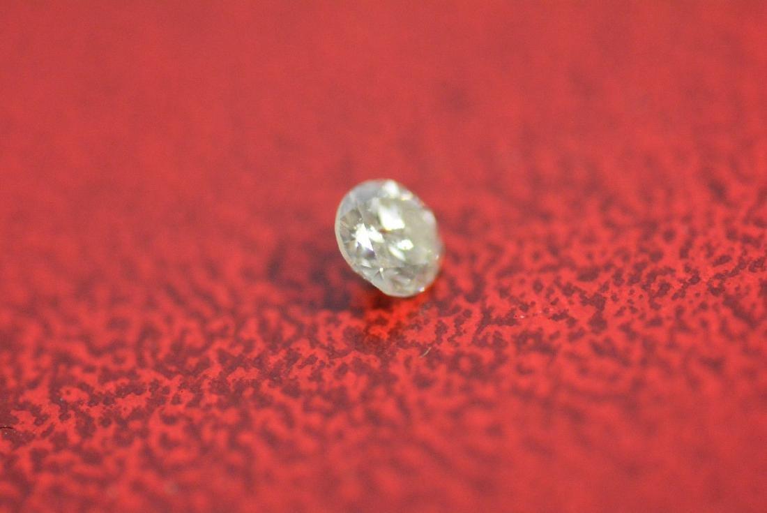 Loose .20 carat ROUND BRILLIANT cut Diamond SI3 clarity - 3