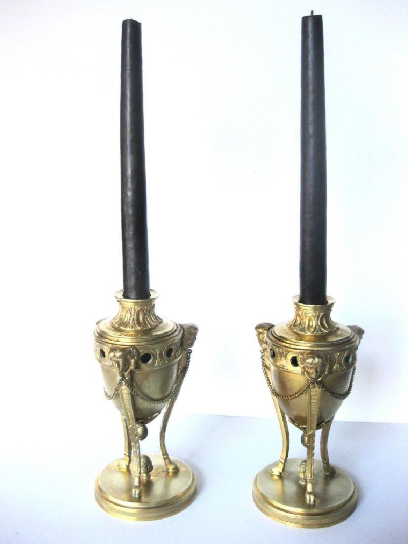 Pair of 18th Century Louis XVI Bronze Dore Cassolettes - 4